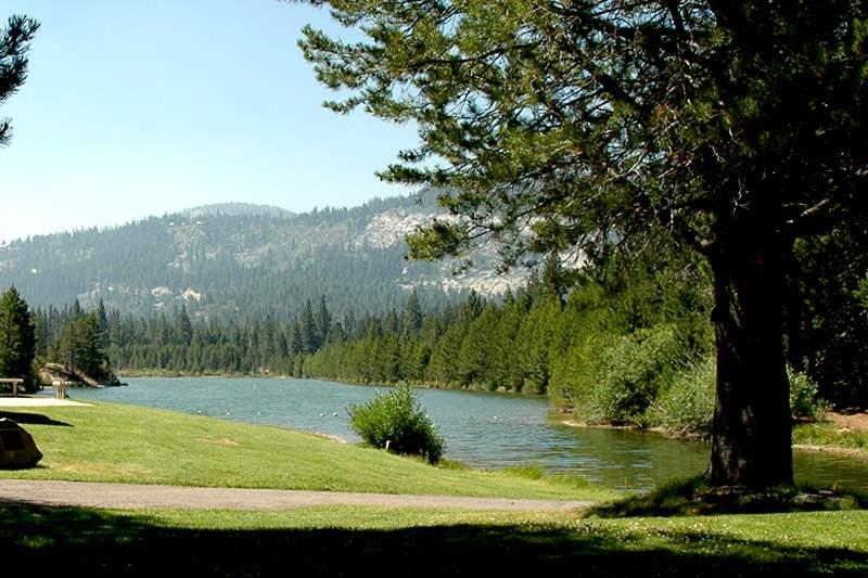 meyers-tahoe-paradise